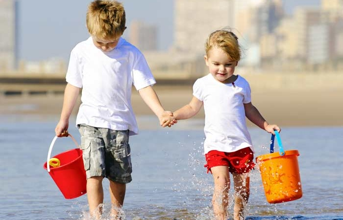 "4 Things To Do When You're The ""Good"" Sibling"