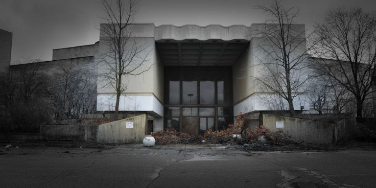 Taking Pictures Of The Dead Shopping Malls Of Our Youth: Images From SuburbanAmerica