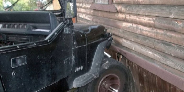 Toddler Crashes Jeep Into House, Runs Home To WatchCartoons