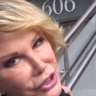 """Trans-Plastic Comedienne Joan Rivers Calls Barack Gay And Michelle A """"Tranny"""""""