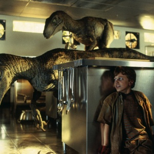 12 Dinosaurs And The Cliques To Which They'd Belong In High School