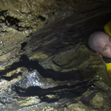 This Video Of A Man Stuck In A Cave Filling Up With Water Is Terrifying