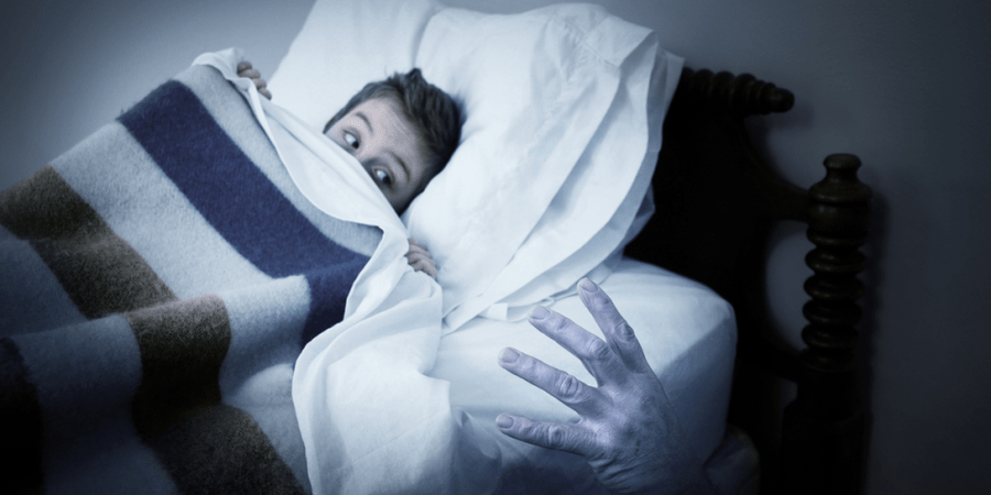 """Seattle Police Investigate """"Ghost"""", Find Woman Under The Bed Clutching A KnifeInstead"""