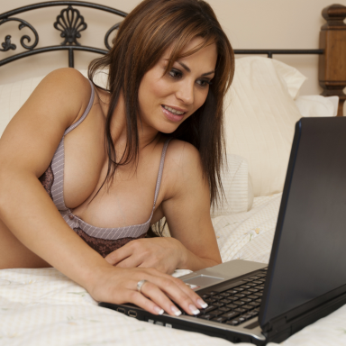 What I Learned From Doing My First Live Cam Show