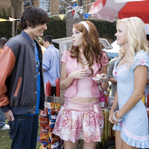 13 Signs A Girl Is Way Too Into Her Sorority