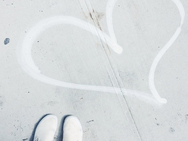 9 Things That Aren't A Problem For Couples Who Trust EachOther
