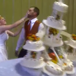 28 Incredible Stories Of Wedding Faux Pas That'll Have You Cringing In Your Seats