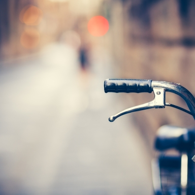 A One-Armed Biker Was Fined For Riding With Just One Arm