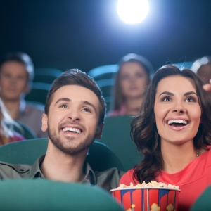 16 People Discuss The Worst Behaviors They've Seen At A Movie Theater