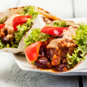 5 Worst Foods To Eat In Public