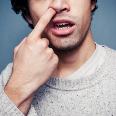 20 Common Things People Do But Are Too Embarrassed To Admit