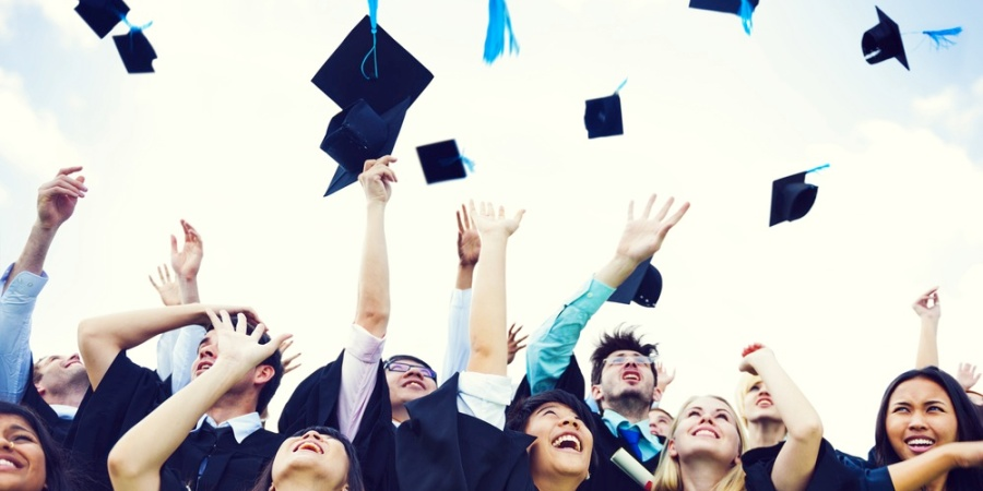 5 Things Recent Graduates Have To Be HappyAbout