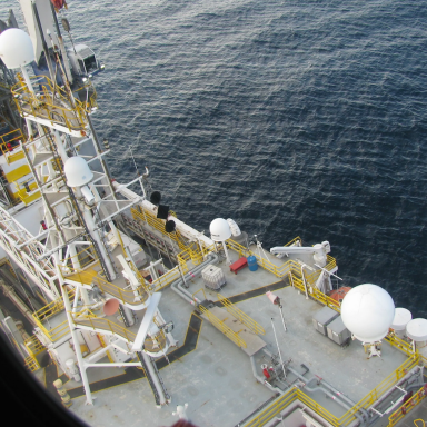 Do You Want To Know What It's Like Working On An Oil Rig? Click To Find Out!