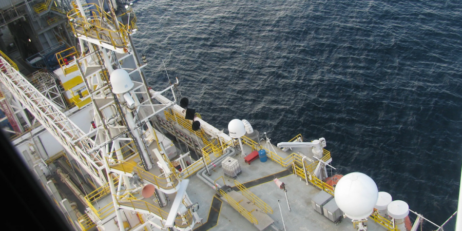 Do You Want To Know What It's Like Working On An Oil Rig? Click To FindOut!