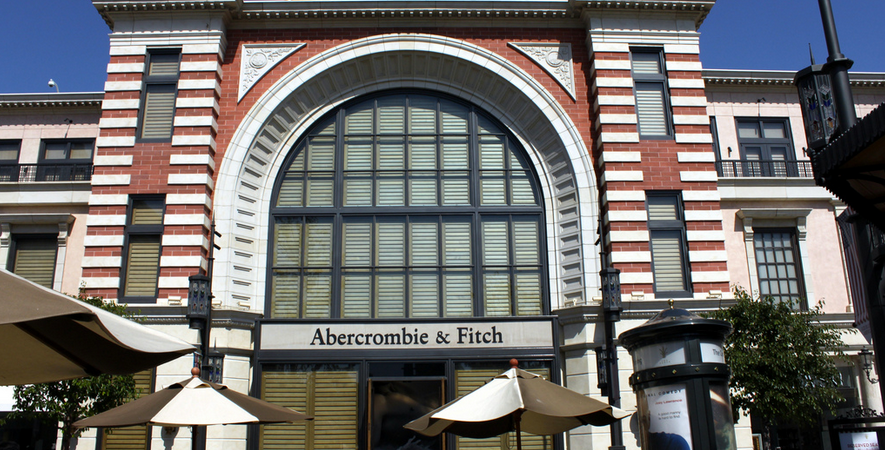 Going Into Abercrombie And Hollister In Your 20s Is Terrifying
