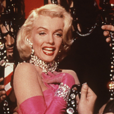 """Most Of Those """"Marilyn Monroe"""" Quotes  Are Fake, Here's What She Did (And Didn't) Say"""