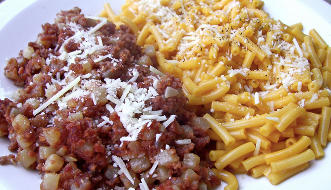 31 People Describe The Weird Food They Love That Everyone Else Thinks Is Gross
