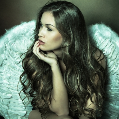 5 Tips To Help Guys Pick The Perfect Wing Woman
