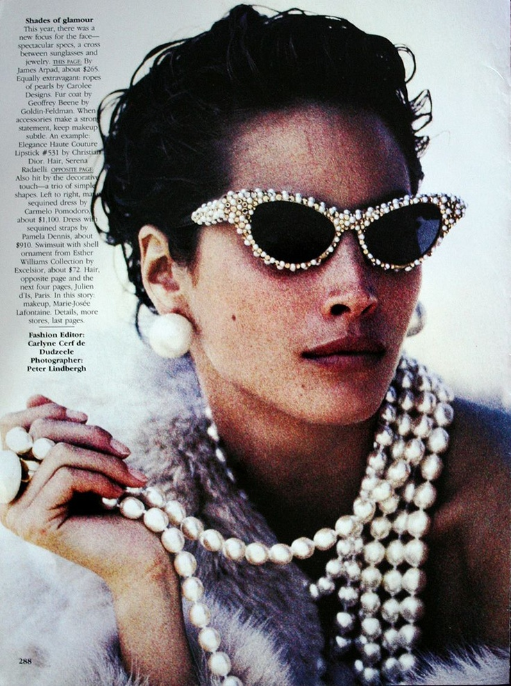 Christy Turlington by Peter Lindbergh and styled by Carlyne Cerf De Dudzeele for Vogue US, Dec. '89.