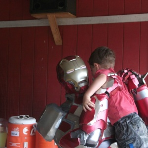 This Guy Dressed Up As Iron Man For A Children's Charity And His Story Is Amazing