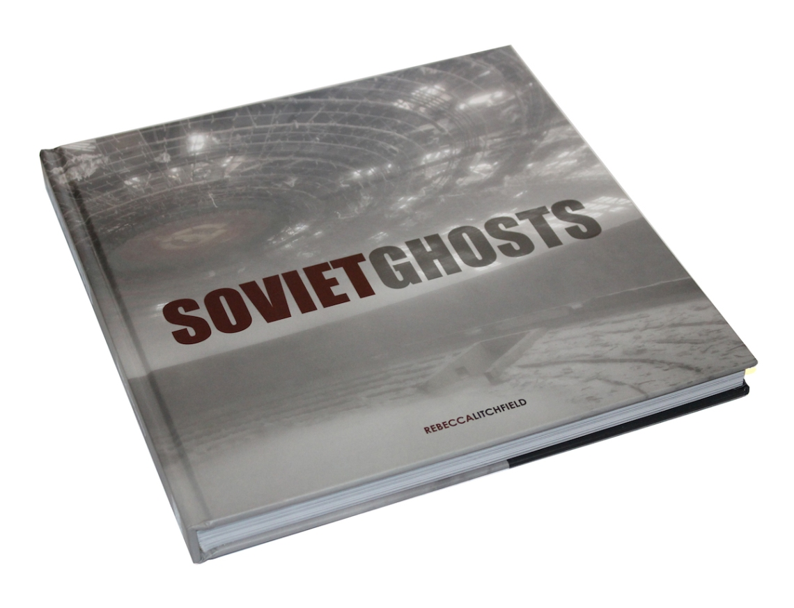 Amazon / Soviet Ghosts: The Soviet Union Abandoned: A Communist Empire in Decay