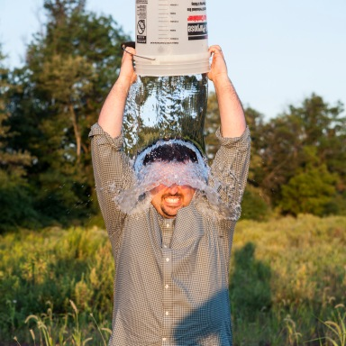 The 5 Ways You Could Possibly React To The #ALSIceBucketChallenge