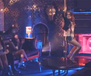 Why Pole Dancing Lessons Are Something Everyone Can (And Should) Do