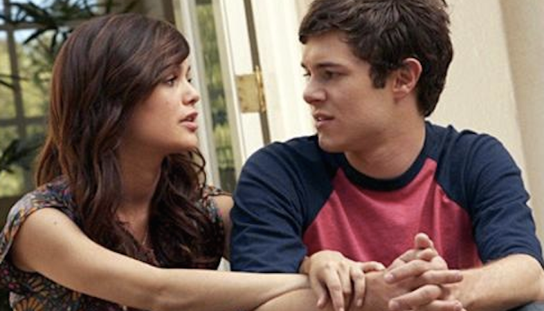 7 Unrealistic Expectations We Got From Teenage TVShows
