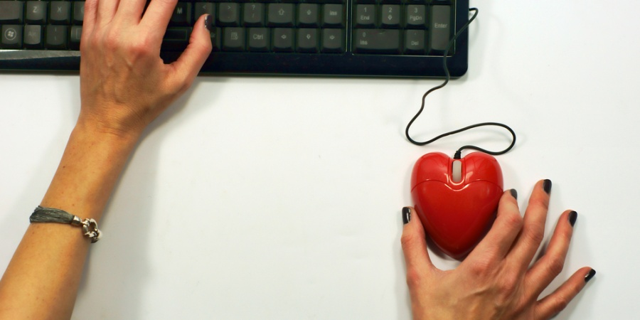 Why Online Dating Isn't Scary (Or Anything To Be AshamedOf)