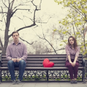 6 Power Moves Girls Need To Pull If They Want A Real Relationship