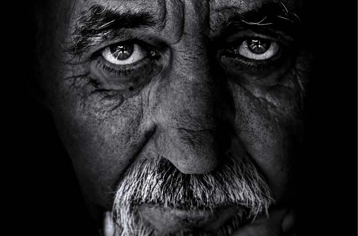 Balazs Kovacs Images / (Shutterstock.com)