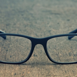 10 Questions People Who Wear Glasses Are Tired Of Hearing (With Answers)