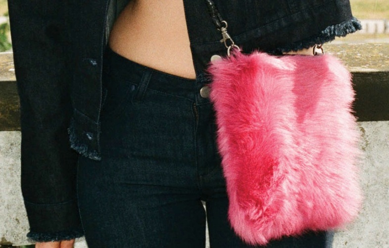 Marques'Almeida x Topshop Sheepskin Wallet Bag / Topshop.