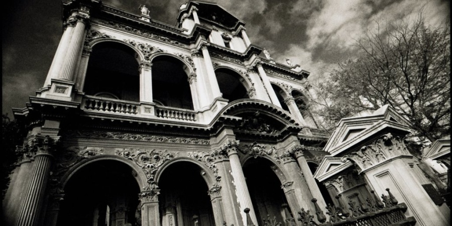 10 Haunted Places In Michigan That Will Make Your SkinCrawl