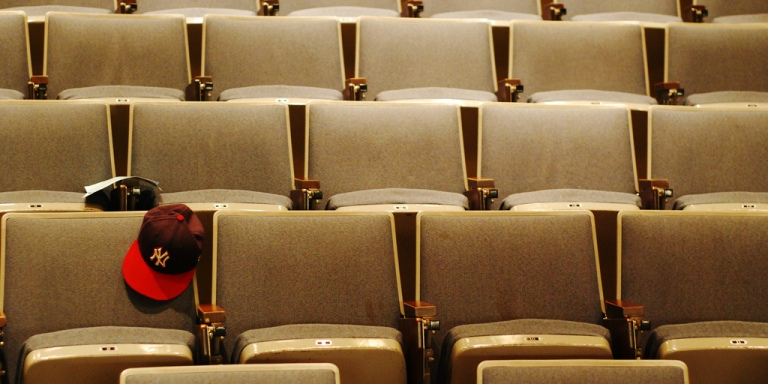 27 People Reveal The Most Bizarre Thing That Happened During Their UniversityLecture