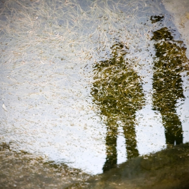 "Josh Malerman's Tricks Are Treats: 'Ghastle And Yule' (""Best Read In The Evening"")"