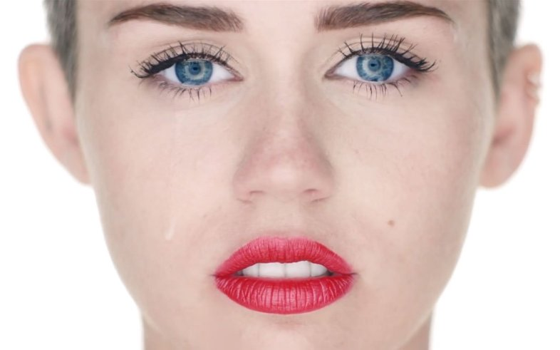 MileyCyrusVEVO