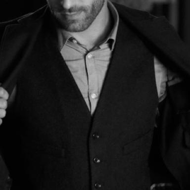 9 Items Every Gentleman Has In His Closet