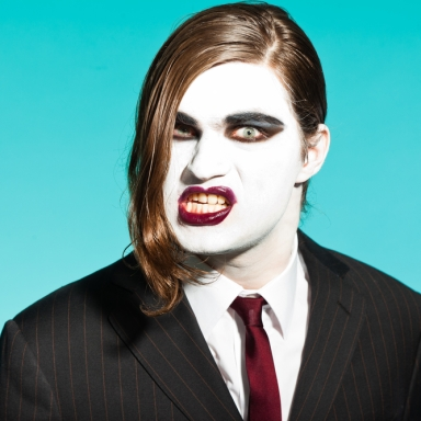 8 Dudes You Shouldn't Make Out With This Halloween