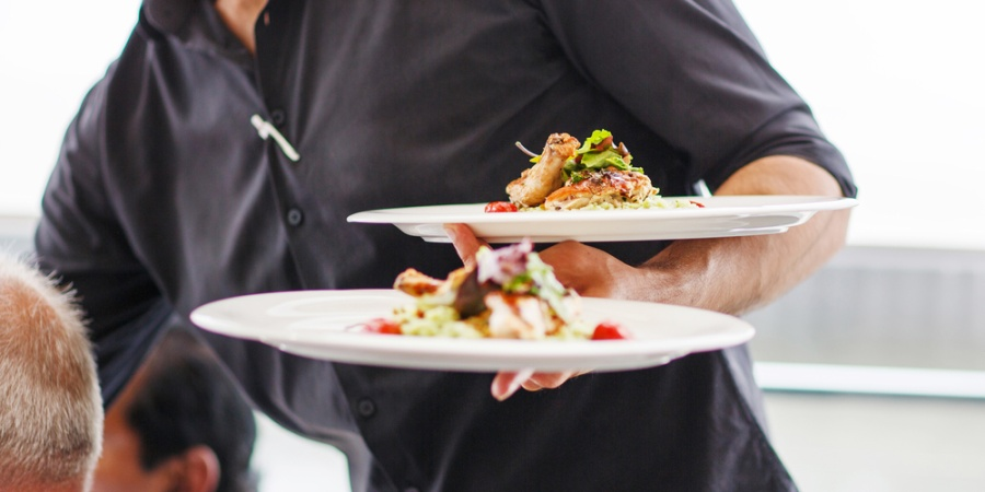 7 Guaranteed Ways To Get Crappy Service Every Time You Go Out (And How To AvoidThem)