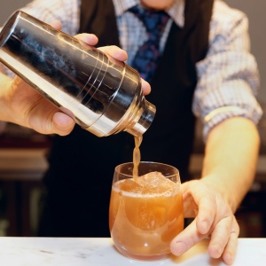 12 Confessions Of A College Bartender