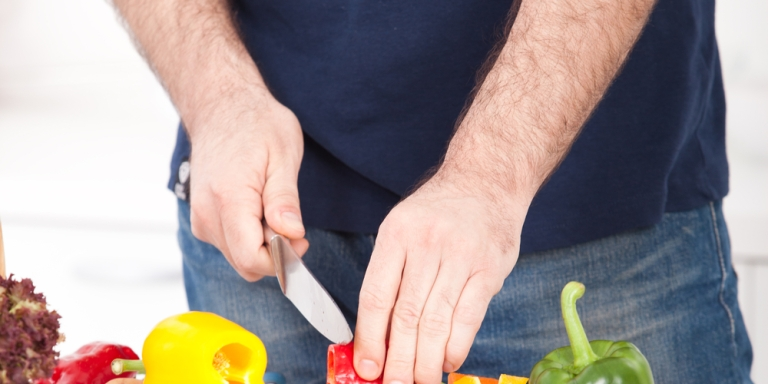 If You're A Man That Can't Cook, You Need To Read This RightNow