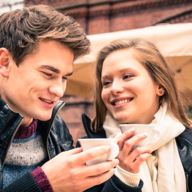 10 Conversation Topics You Should Avoid On A First Date
