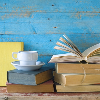 10 People On The One Book They Just Couldn't Put Down