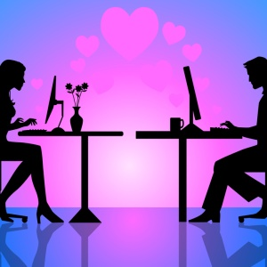 10 Online Dating Messages That Won't Get A Reply