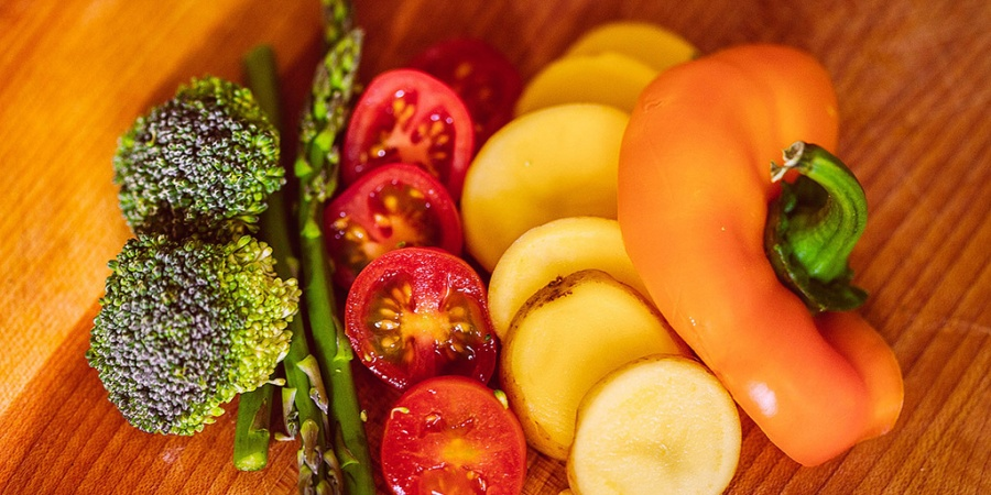 10 Super Simple Tips To Help Ease You Into Vegan Eating Habits