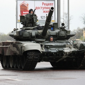 Russia's Slow, Wintry Invasion Of Ukraine Is The Most Old School Russian Thing Ever