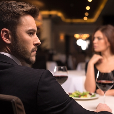 13 Terrifying Dating Stories That Will Make You Think Twice About Going On A Date