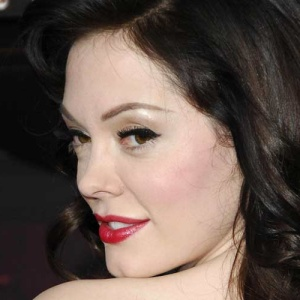 Rose McGowan: Gay Men May Hate Women Even More Than Straight Men Do…Or Maybe Not