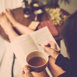 10 Commandments Every Book Lover Needs You To Abide By